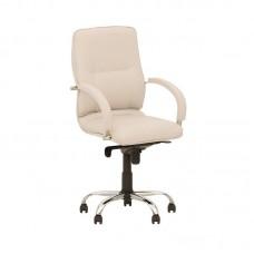 Кресло белое минимализм